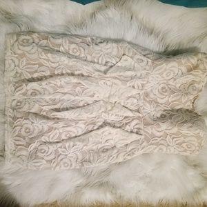 Jessica Simpson strapless lace dress